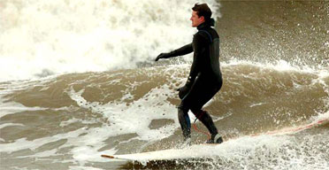 surfer372.jpg