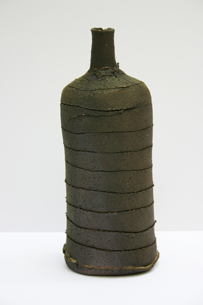 34-scored-red-clay-bottle-25cm-x-10cm.jpg