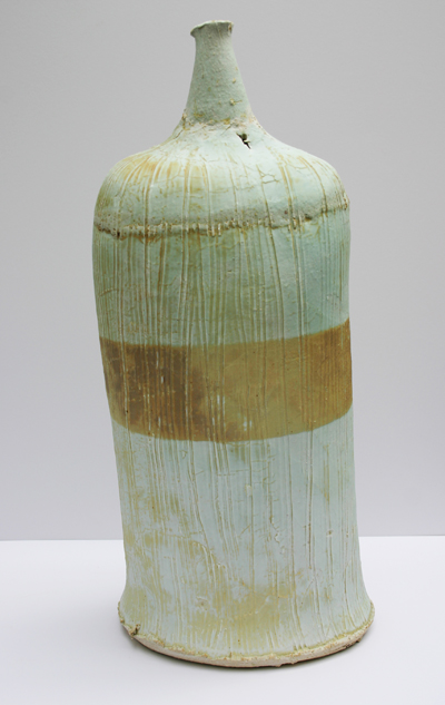 06-reverse-chalk-beach-bottle-with-scored-porcelain-overlay-54cm-x-24cm.jpg