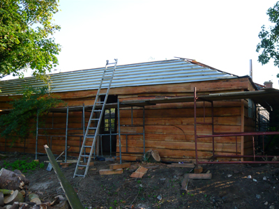 back-of-shed-ready-for-tiling.jpg