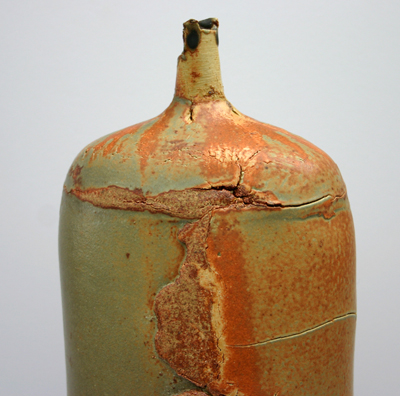 03b-saltmarsh-layered-clay-bottle-detail-small.jpg