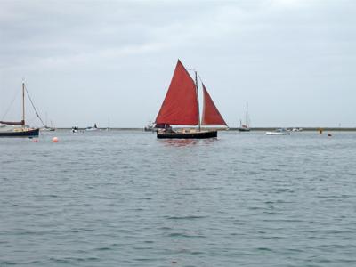 interesting-boat.jpg