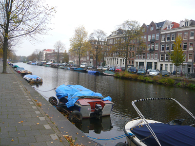 canal-near-hotel.jpg