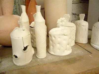 more-pots-in-porcelain.jpg