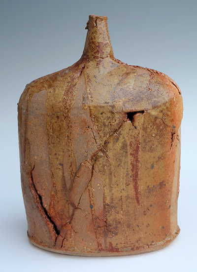 10 saltmarsh poured and incised bottle 26 x 18 cm