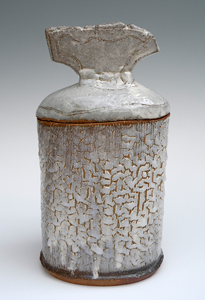 04 frozen snow lidded jar 27 x 15 cm