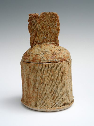 06 washed ash lidded jar 20 x 12 cm