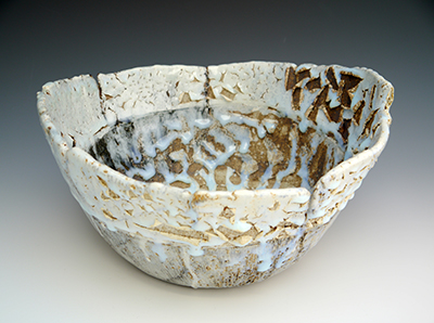 5 spring rain incised bowl 17 x 31 cm