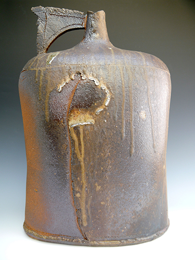1 woodfired large flagon 54 x 37 cm