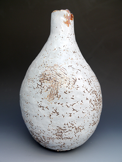 6 170416 rusty white coiled jar 29 x 24 cm side view
